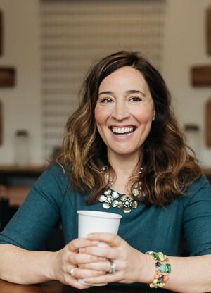 Holly Chasan profile at 5D Vision